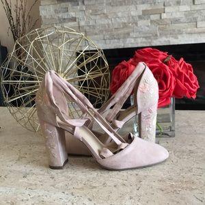 Floral spring heels
